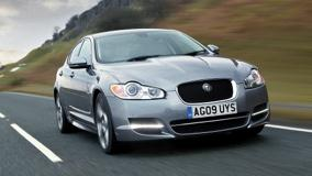Running 2011 Jaguar XF In Grey Front Pose